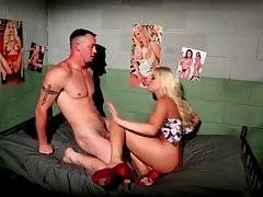 Brittany Amber Visits Mark Long In Prison 2